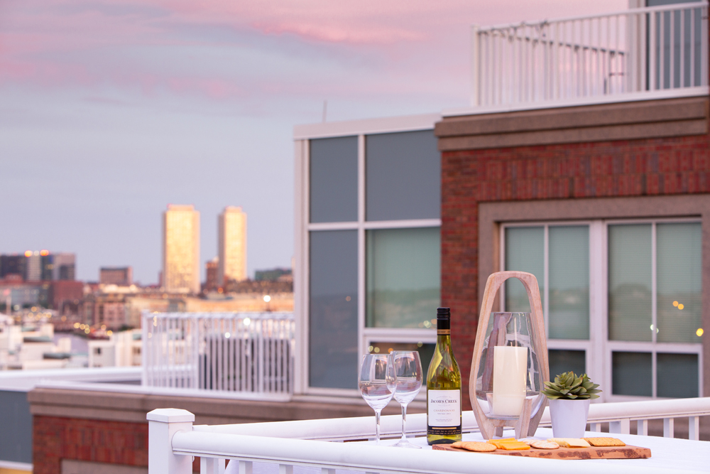 Harbor View At The Navy Yard - Rooftop Terrace with Romantic Setup